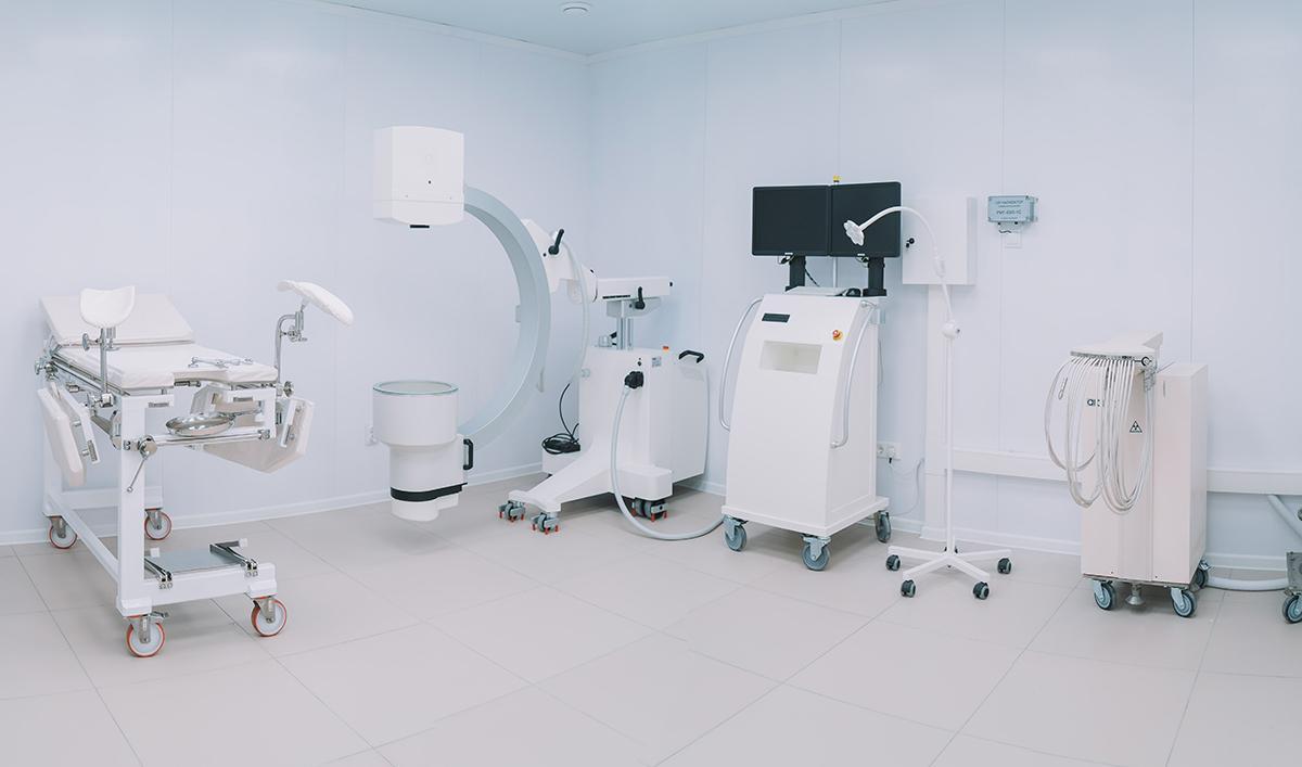 В Кировский центр онкологии поступил новый аппарат для проведения брахитерапии