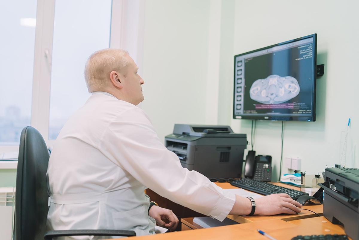 Кировские онкологи удалили опухоль весом 5,5 кг